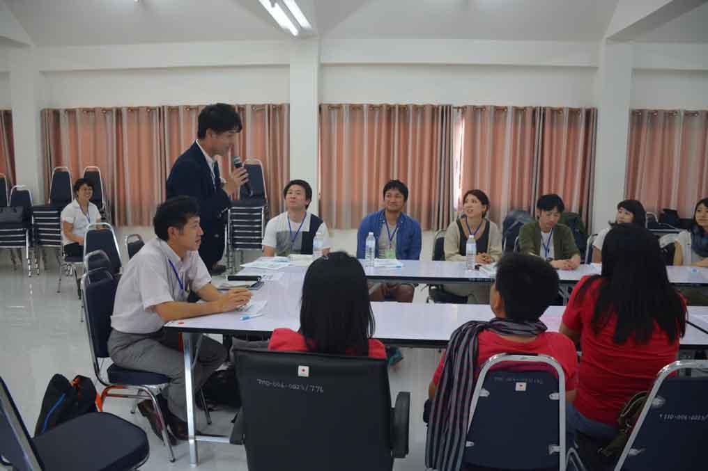 ปฐมนิเทศน์ ที่อาคารส่งเสริมสาธารณสุขชายแดน โดยความร่วมมือไทย-ญี่ปุ่น
